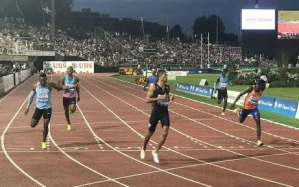 Wayde van Niekerk Easily Smashes Michael Johnson's 400m Diamand League Record
